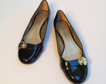 Joan & David Women's Shoes, Circa Joan and David, Black Patent Leather with Gold Buckle, All Leather US. Size Women's 7.5 M