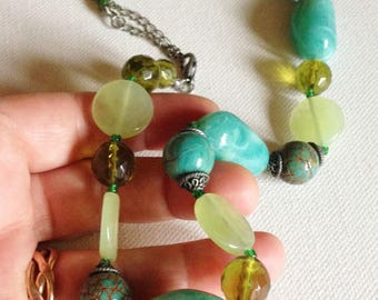 necklace - A chunky necklace with turquoise blue and pale green beads great costume jewellery