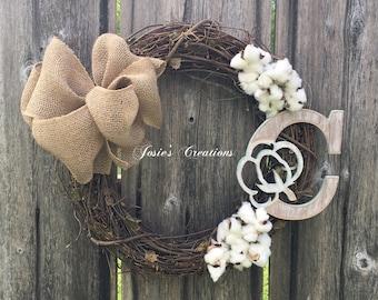 Vine cotton wreath with wooden C