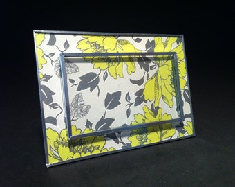 glass picture frame with lime and grey flowers pattern