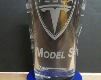 Tesla Model S with Tesla Logo - Laser Etched Pint Glass
