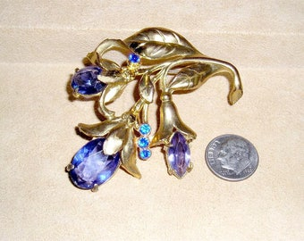 Vintage Lovely Lavender Art Nouveau Budding Flower Brooch With Purple Glass Stones 1930's Jewelry 3113