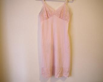 VINTAGE 1950's Pink Lace Slip