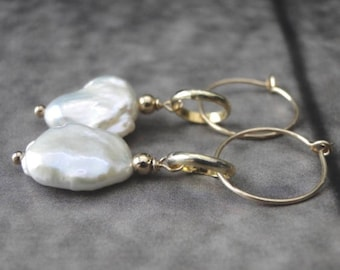 Pearl Earrings / 14k Gold Filled Baroque Pearl Wedding Earrings / Women's Earrings  / Genuine Pearl Earrings / Handmade Jewelry / Bridal
