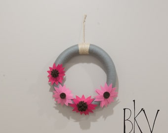 Yarn and Felt Wreath, Yarn Wrapped Wreath, Felt Flowers, Gray and Pink Wreath