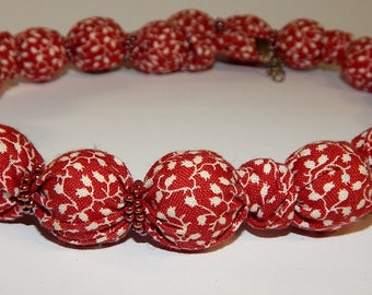 "Necklace ""red beads"""