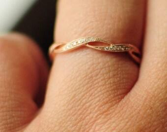 Cute Natural Diamond ring