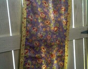 tablerunner, floral, lavender, cotton, cottage style