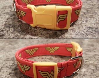 Wonder woman collar