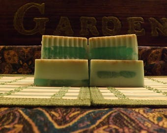PearBerry & Oatmeal Goats Millk Soap - Artisan Soap, Decorator Soap, Gift Soap, Homemade Soap, Pearberry Soap, Oatmeal Soap