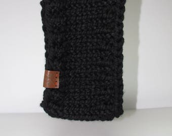the chestnut ear warmer /\ black