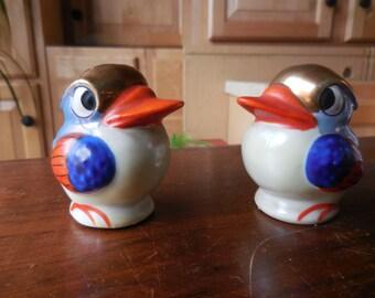 Vintage 1950s to 1960s Retro Duck Looking Bird Salt/Pepper Shakers Made in Japan Lusterware Orange/Blue/Gold/White Set/Pair Kitchen Dining