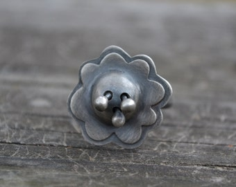 3D sterling silver flower ring - size US 7 1/2 - sterling silver