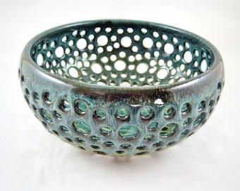 Pottery fruit bowl, ceramic berry bowl, handmade fruit bowl, Teal blue fruit bowl - Made to order