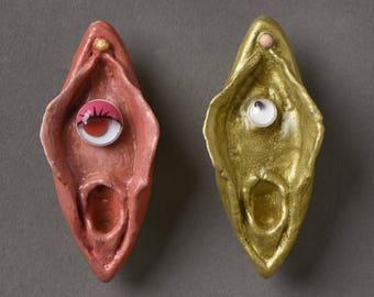 Vulva brooch