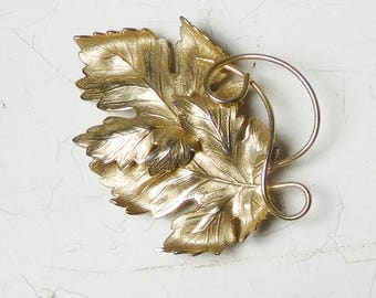 Gold Leaf Brooch Leaves Dimensional Raised Large Vintage Gold Tone Costume Jewelry