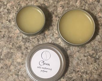 clean scent / solid moisturizing perfume / so fresh & so clean scent.
