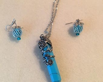 Turquoise Point Rose Pendant with Earrings