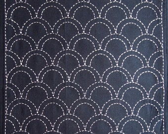 Japanese sashiko fabric - Seigaiha (Ocean Waves) panel number 207