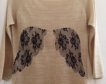 Kit, tutorial, DIY, fusible lace to customize your sweater for the holidays.