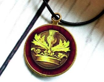 Je Suis Prest necklace, Claire Fraser, Jamie Fraser necklace, Diana Gabaldon, Outlander, Sassenach, Clan Fraser, Jesuis Prest, Fraser Crest