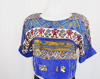 Vintage Ancient Pattern Crop Top Shirt