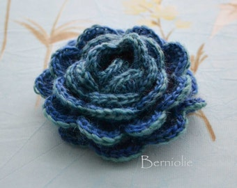 SALE, HALF PRICE,   Crochet flower brooch, shawlpin, blue green I883