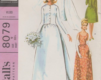Vintage 60s Sewing Pattern /  McCalls 8079 / Bridal Gown / Wedding Dress / Size 9