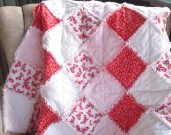 Patchwork Baby Quilt, Baby Flannel Rag Quilt, Cuddly Fluffy Baby Blanket, Baby Girl Rag Quilt, Baby Shower Gift, Red Pink White Rag Quilt