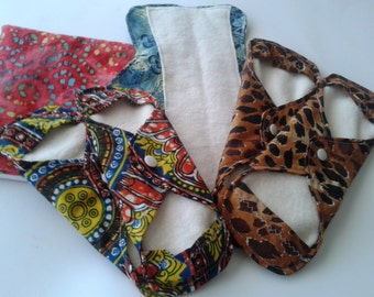 Red Moon Cloth Pad Kit // Wetbag // Cloth Pads