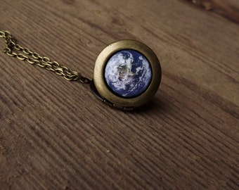Earth Locket Necklace, Earth Necklace, Earth Pendant, Solar System Necklace, Glob World Necklace, Planet Necklace, Space Necklace, For her