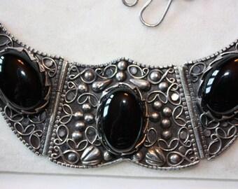 Vintage older sterling silver&onyx arabic necklace