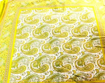 """10 Napkins Yellow Paisley French Country 100% Cotton 19 x 19"""""""