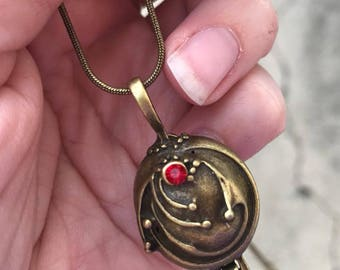 Elena Gilbert vervain locket from The Vampire Diaries Antique Gold
