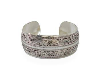 Bangle cuff retro vintage tribal silver