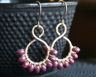Violet purple beaded earrings, wire wrapped, Czech glass beads, 14k gold filled, dangle, drop, hammered, Mimi Michele Jewelry