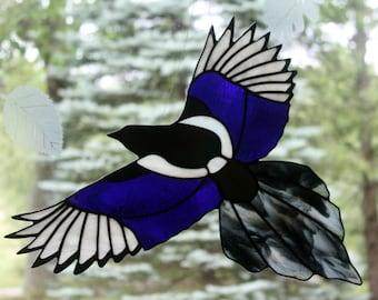 Stained Glass Iridescent Magpie, Bird Suncatcher, Gothic, Stained Glass Window Panel, Glass Art, Wildlife Art, Bird Lovers Gift