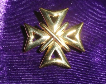Vintage Signed Napier Gold Tone Maltese Byzantine Style Small Brooch Pin