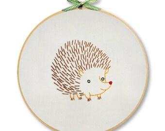 KIT embroidery hedgehog wall art