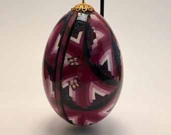 Geometric quilt design decorative goose egg