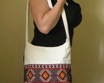 Ukrainian embroidered bag / Zippered canvas tote bag / Linen tote bag / Canvas bag tote eco / Ukrainian gift / Ukrainian embroidery