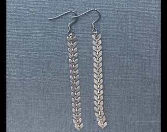Fishtail Drops Earrings