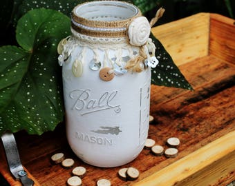 Farmhouse Mason Jar, Rustic Wedding Centerpiece, Rustic Wedding Décor, Distressed Mason Jar, Home Décor, Rustic Mason Jar, Housewarming Gift