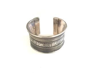 Vintage Silver Metal Cuff, Silver Bracelet, Bangle, Boho Cuff, Indian Silver Cuff, Adjustable Cuff, Jewelry