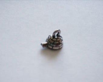 15 x 3d Igloo Charms. Tibetan Silver. Eskimo. Inuit.