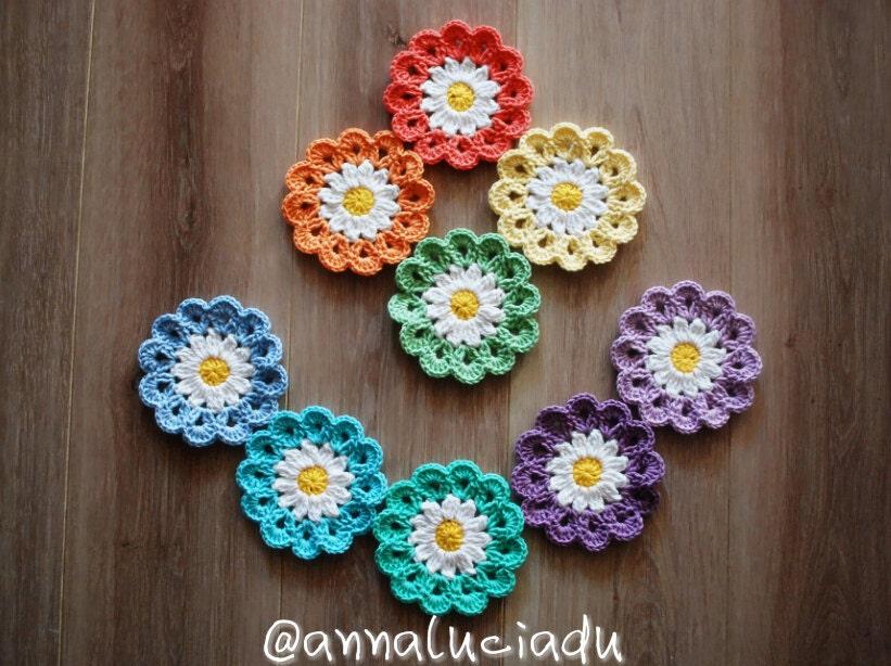 Crochet, crochet flowers, crochet daisy, flower applique, flower ...