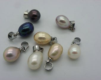 3 pearls 8 x 9 mm pendants in different colors pink, black, white