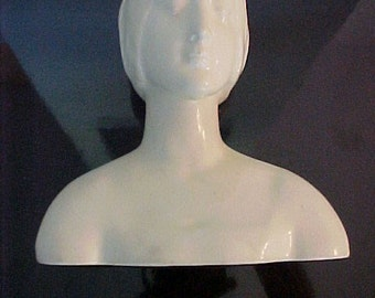 Rookwood Pottery Bust Female 2026 Ivory Vellum