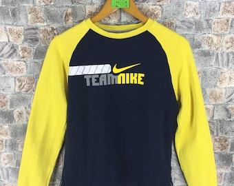 NIKE TEAM Sweatshirt Ladies Small Sportswear Streetwear Nike Swoosh Crewneck Sweater Nike Raglan Yellow Teen Jumper Size S