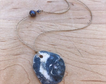Blue pearl / swarovski crystal / galaxy oyster necklace